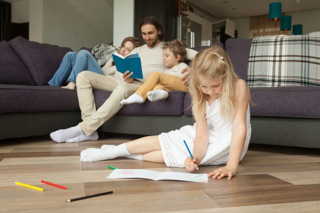riscaldamento a pavimento-pavimento radiante-piastrelle per pavimento riscaldato-piastrelle per riscaldamento a pavimento